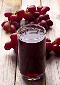 grape-juice-red-grapes-plumeDC-230